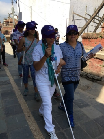 Experiencing a walk blindfolded with white cane